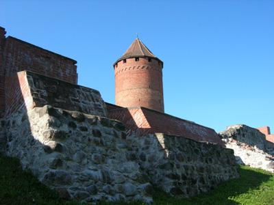 圖雷達堡和Donjon塔